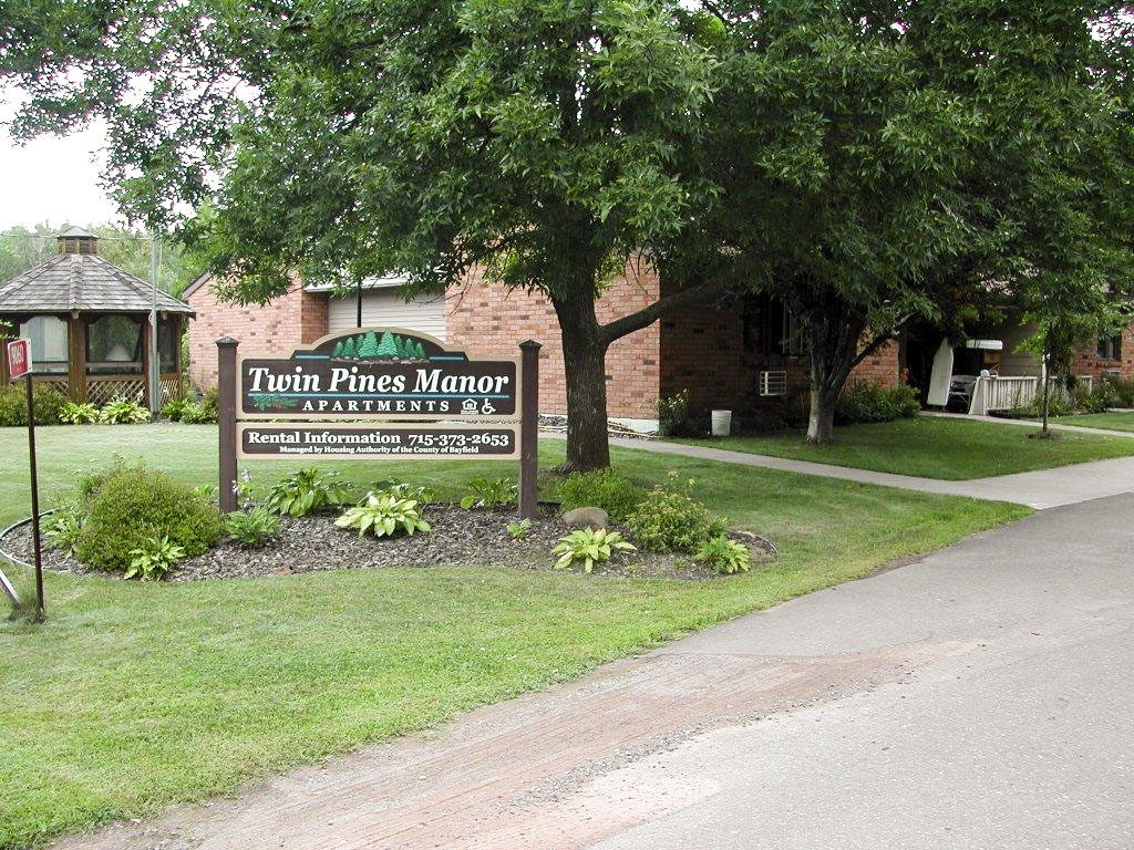 port wing chat sites Anchor inn campground is located in beautiful port wing, wisconsin our campground is conveniently located next to johnson's store, port wing's town park, hoth-lee art gallery, and port wing pottery.